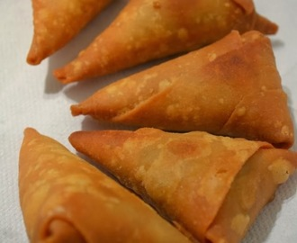 Oats Samosa / ಓಟ್ಸ್ ಸಮೋಸ (Re-posted)