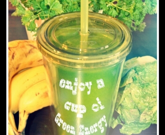 Greenergy! How to make the Glowing Green Smoothie