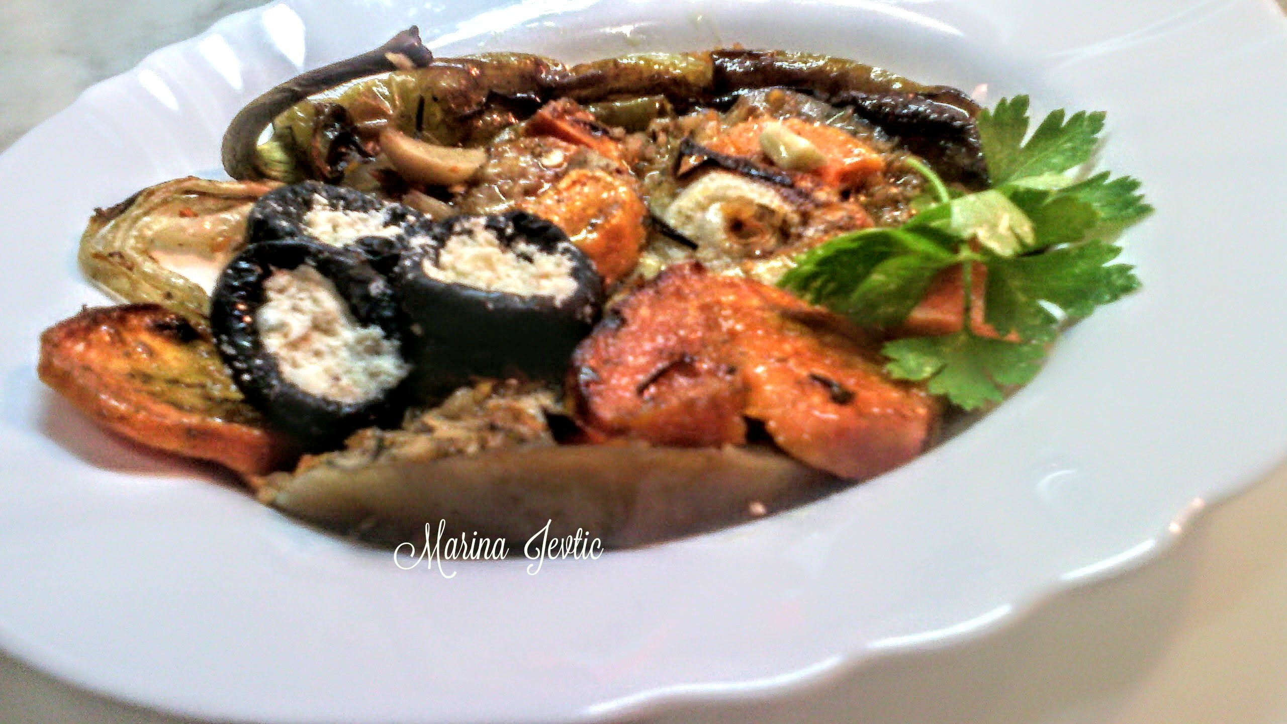 BATAT NA PATLIDZANU SA ZACINIMA & SWEETPOTATO ON EGGPLANT WITH SPICES