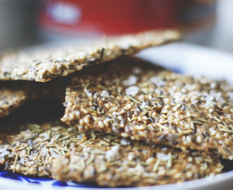 Protein lowcarb crackers
