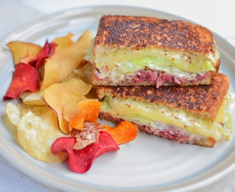 Happy St. Patrick's Day! (Irish Rueben Sandwich)