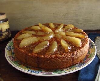 Rosemary cake topped with caramelized pear | Food From Portugal