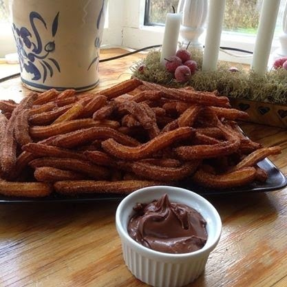 Churros med nutella