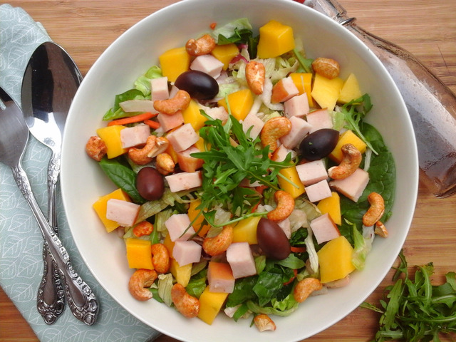 Spring Salad with Mango, Chicken. Spinach, Cashews
