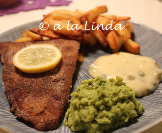Fish 'n' Chips med tartarsås & mushy peas