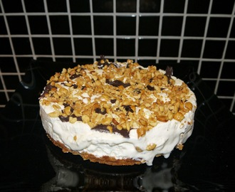 LCHF fryst Snickers cheesecake