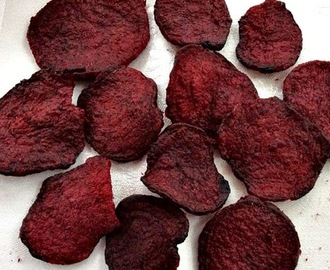 Homemade Baked Crispy Beet Chips