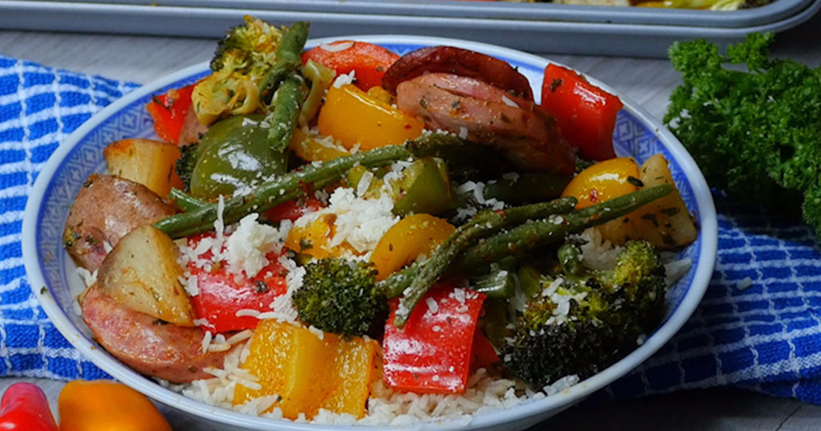 One Pan Sausage & Veggies Is The Perfect Quick And Healthy Meal