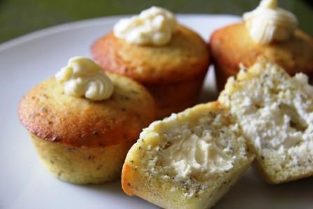 Lemon and Chia Seed Muffins with a Cream Cheese Filling (Almond Flour)