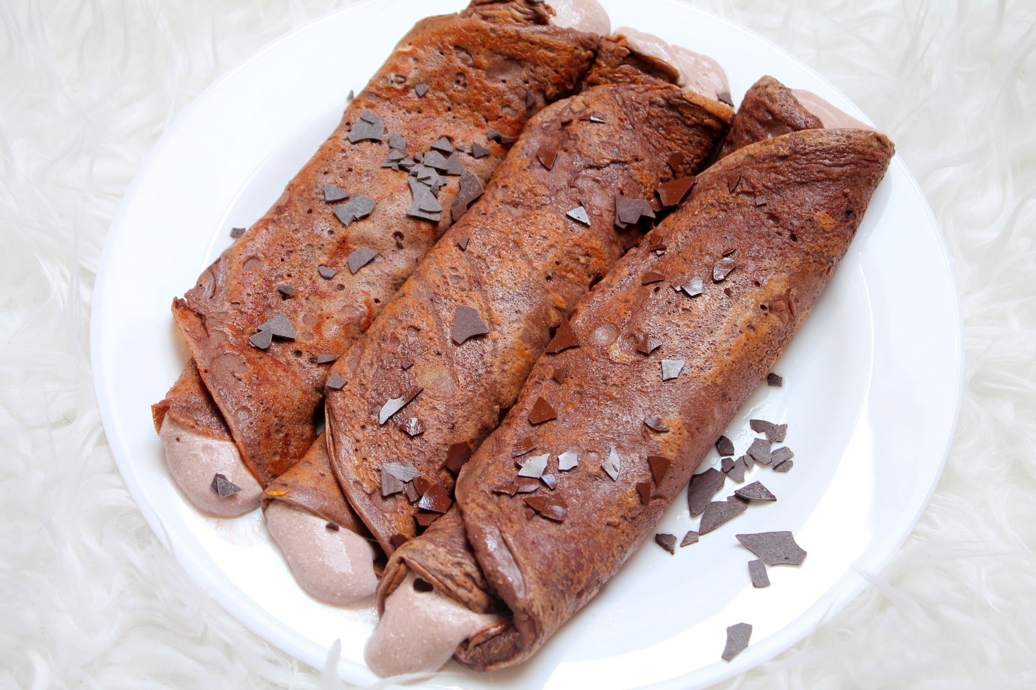 Clean and Quick - Chocolate (Protein) Pancakes with Chocolate Cream