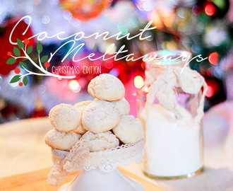 Coconut meltaways { Christmas edition }