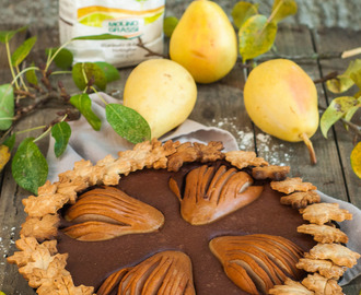 Crostata di farro con cioccolato al cardamomo e pere |  Spelt tart with pears and cardamom chocolate