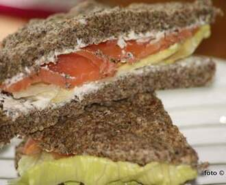 Ein-Minuten-Chia-Power-Sandwich (Low Carb)