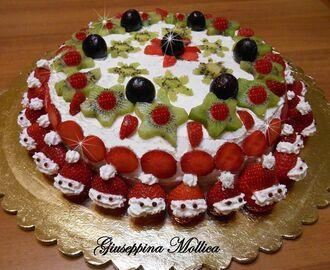Ricette di torte decorate con panna e pasta di zucchero for Decorazioni torte frutta e panna