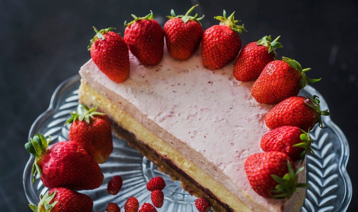 SLASTICE SA STILOM: Strawberry blond cheesecake