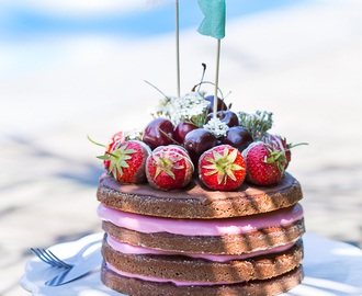 Food: Naked Cake am Pool