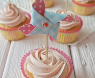 Cupcakes mit Himbeer Frosting