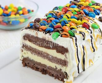 M&M Ice Cream Cake- Cremige Eistorte mit M&M's
