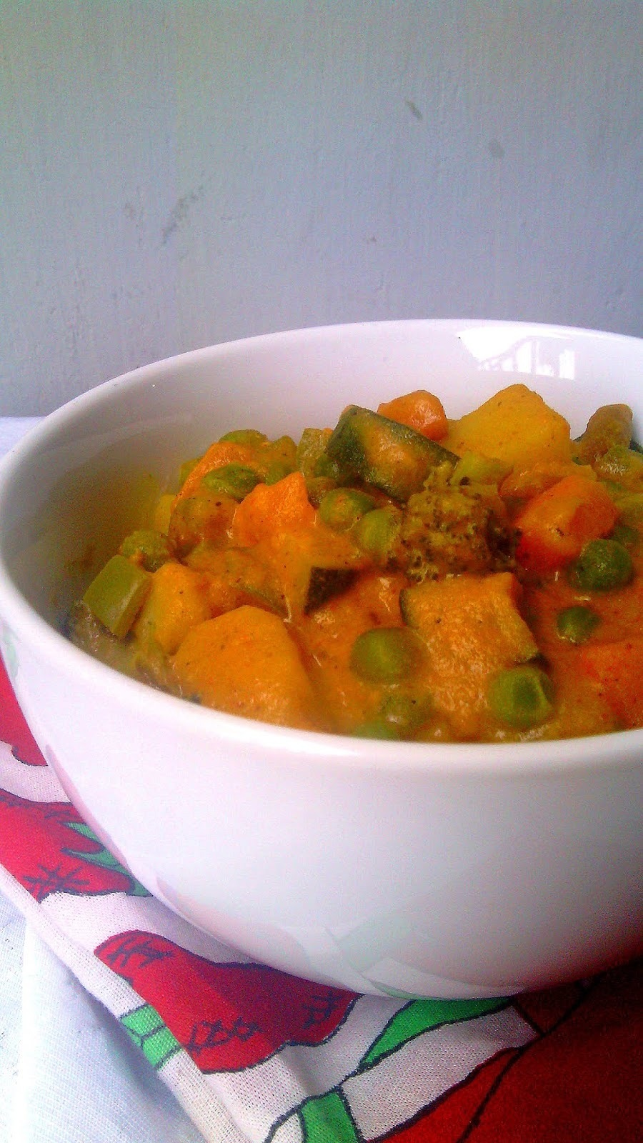 NAVRATAN KORMA (VEGETABLE KORMA)