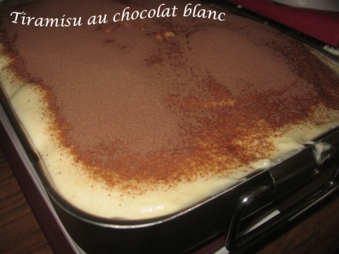 Tiramisú con chocolate blanco