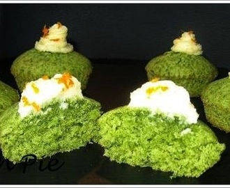 Kale-Orange Cupcakes with Orange Icing / Grünkohl-Orangen-Muffins mit Orangen-Zuckerglasur