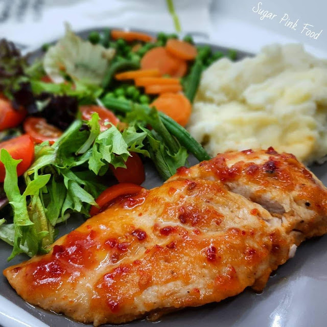 Sweet Chilli Chicken Breasts & Garlic Mash