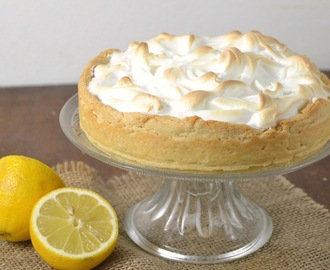 Tarta de limón y merengue. Lemon pie