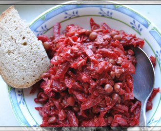 Rote Beete Linsen-Curry
