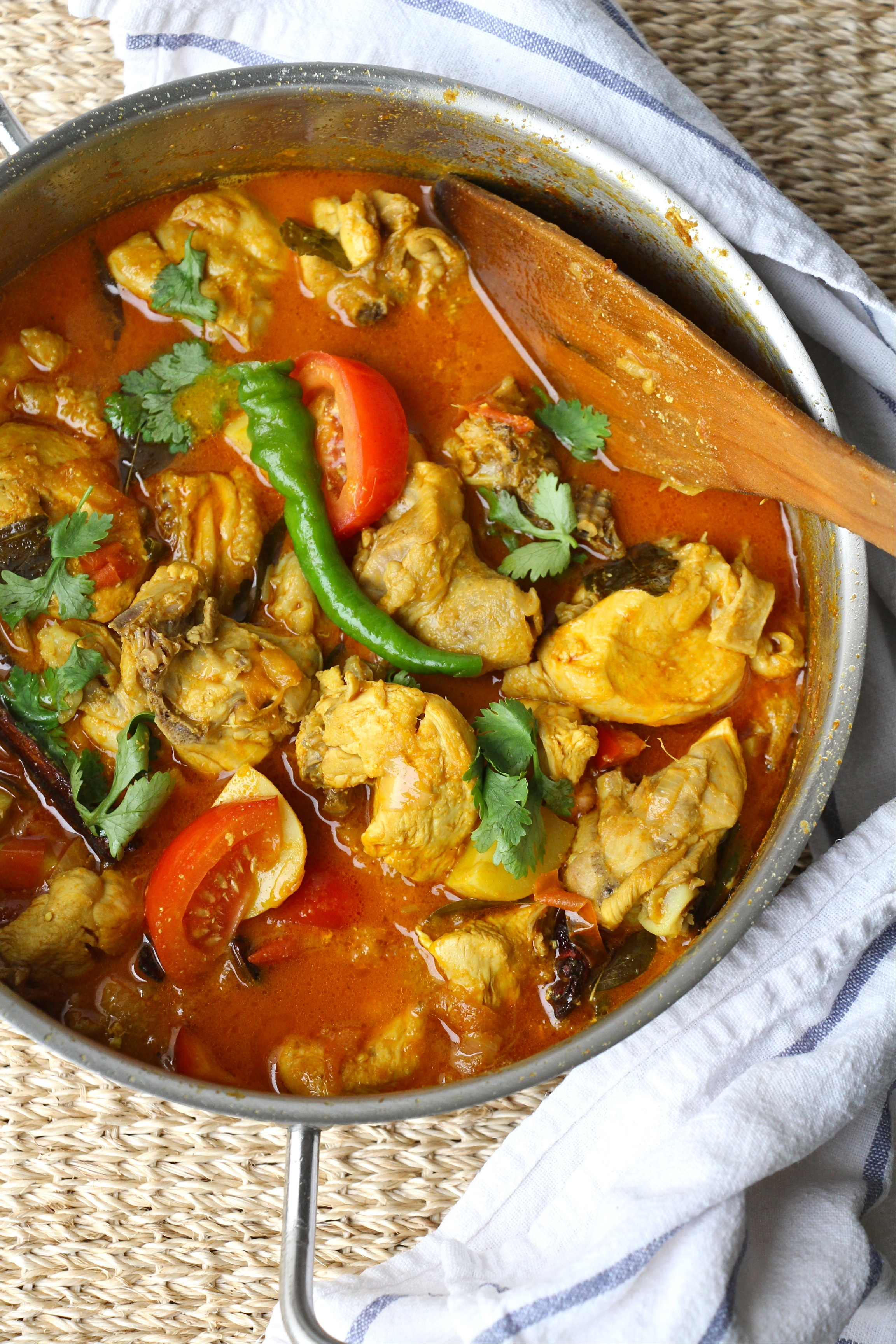 Easy and Light Chicken Curry