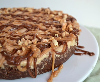 Raw Snickers Nicecream Cake