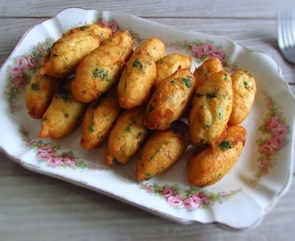 Pastéis de bacalhau | Food From Portugal