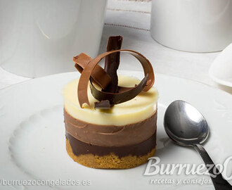Mini tarta de tres chocolates