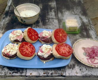 Greek Style Burgers with Tzatziki Sauce