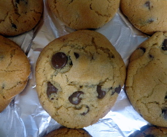 Chocolate Chip Cookie Day With Nielsen-Ma​ssey Vanilla {Giveaway}