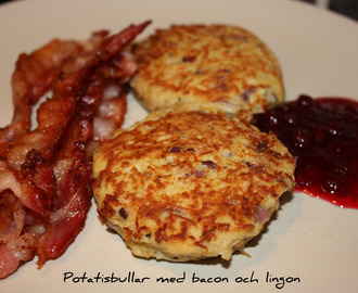 Potatisbullar med bacon & lingon