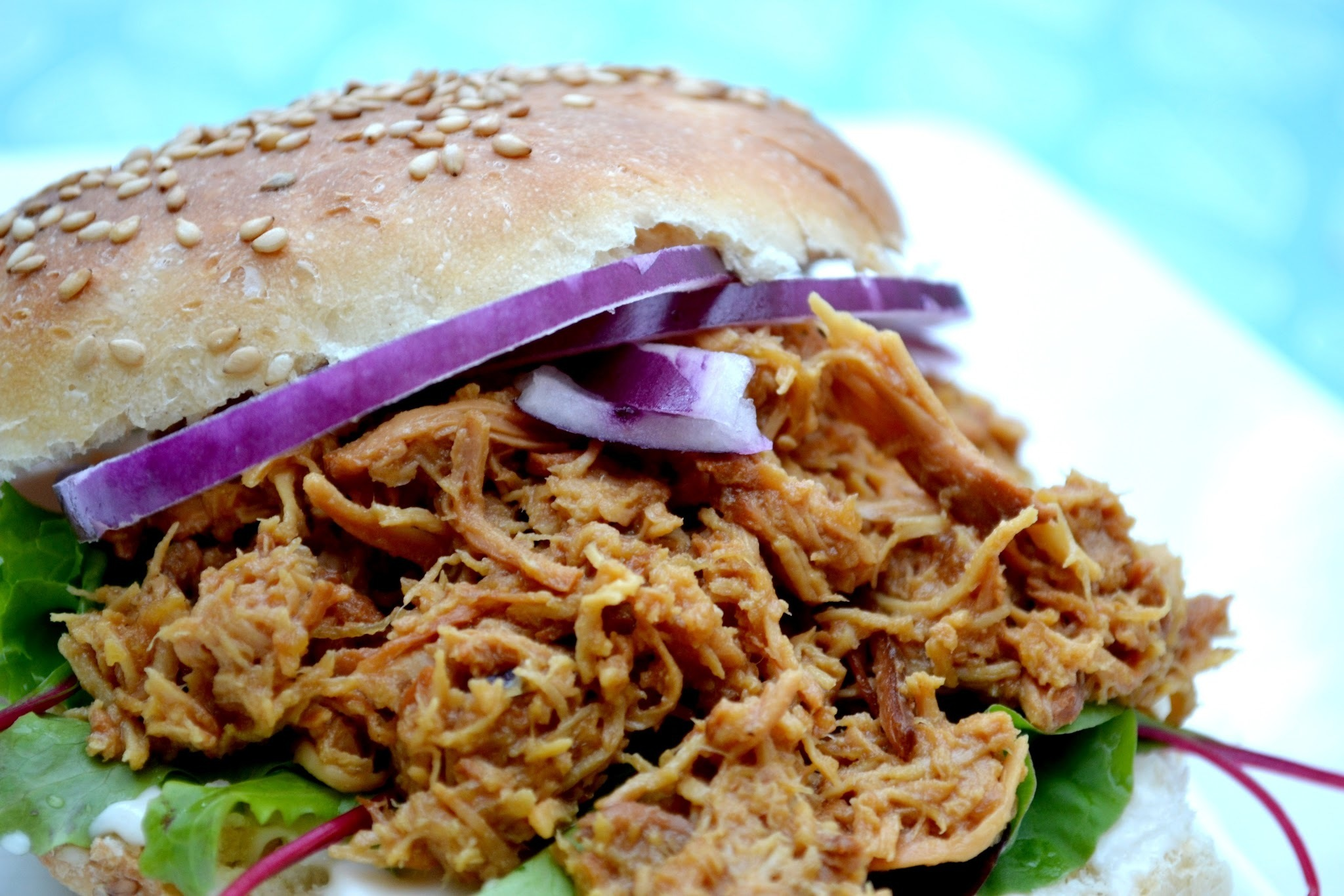 """PULLED CHICKEN"" M. ANANAS"