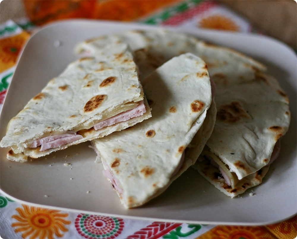 Racconti di tortillas… di mais, di frumento, di quesadillas e sincronizadas – Tales of corn and wheat tortillas… of quesadillas and sincronizadas