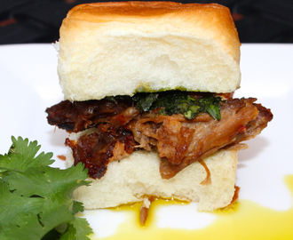 Asian Pulled Pork Party Sliders