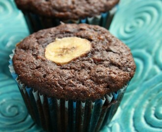 Double Chocolate Whole Wheat Banana Muffins and why I wake early