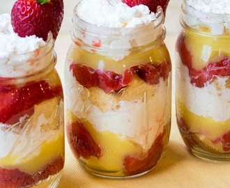 Strawberry Shortcake Parfaits in a Jar and Catching Fireflies Giveaway