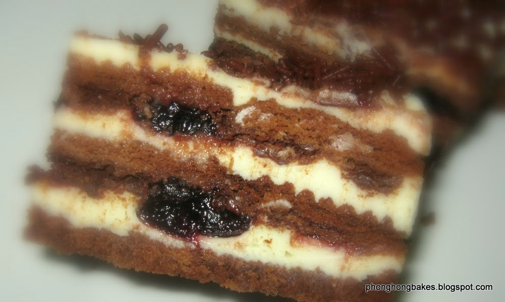 Biscuit Layered Cheesecake : LTU Milk