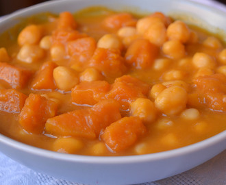 Garbanzos con calabaza al curry