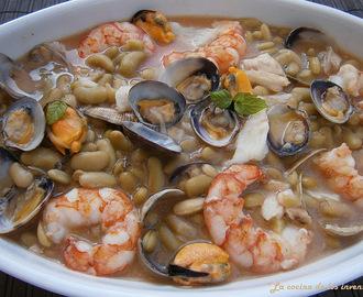 Recetas de alubias blancas de bote con chorizo mytaste for Cocinar judias blancas de bote