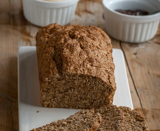 Irish brown bread - Good morning, Ireland {Pan moreno irlandés}
