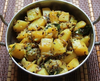 Panch Phoron Potatoes / Aloo Panch Phoron / Potatoes with Bengali Five Spice Mix