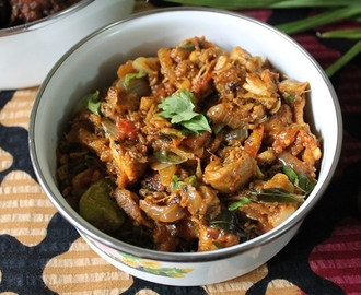 Kothu Kozhi / Kothu Chicken Kari / Spicy Shredded Chicken Masala