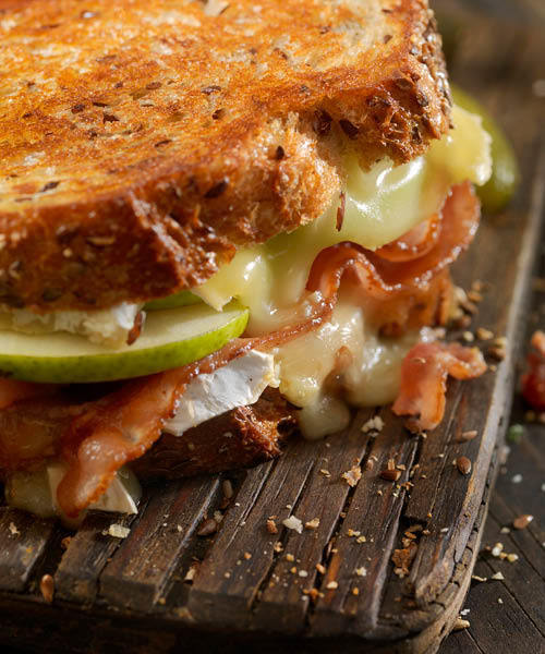 Grilled brie sandwich