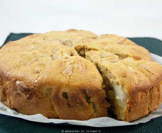 Torta soffice integrale alle pere con pinoli / Wholewheat pear & pine nuts cake recipe
