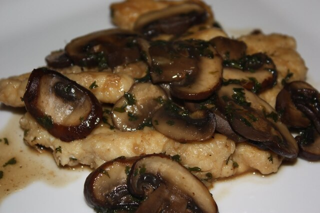 Light Chicken Marsala