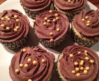 Citron Cupcakes med Chokolade Frosting